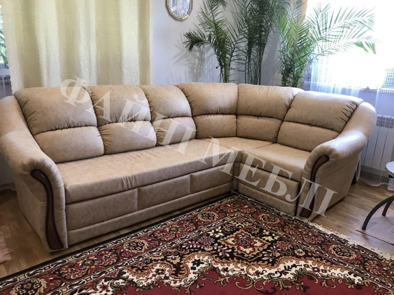 Угловой диван Редфорд 32 8
