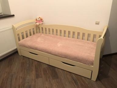 Ліжко Домінік