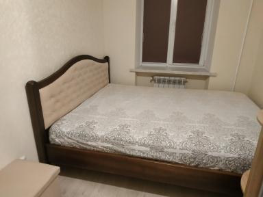 Ліжко Мона